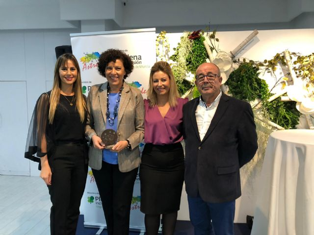 El Ayuntamiento de Puerto Lumbreras recibe un reconocimiento de Astrade por facilitar la accesibilidad cognitiva a personas con autismo - 1, Foto 1