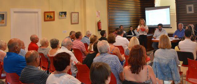 El Ayuntamiento de Campos del Río se reúne por primera vez de forma oficial con los afectados de la Urbanización de Campos del Río - 2, Foto 2