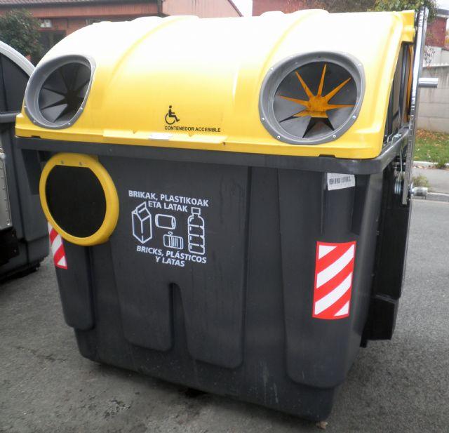 Cs propondrá en el Pleno la instalación de contenedores adaptados en el municipio - 1, Foto 1
