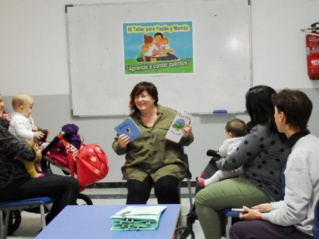 Finaliza el III Taller de Cuentos para padres y madres, Foto 1