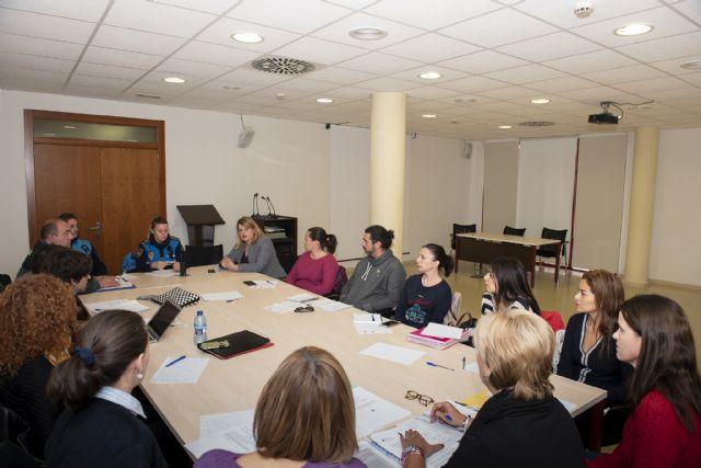 La Mesa Local de Coordinación en materia de Violencia de Género analiza los datos municipales - 1, Foto 1