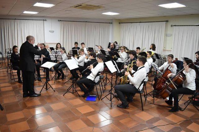 La Asoc. Musical Maestro Eugenio Calderón rindió homenaje a su patrona con un variado concierto ofrecido por sus tres agrupaciones musicales - 1, Foto 1
