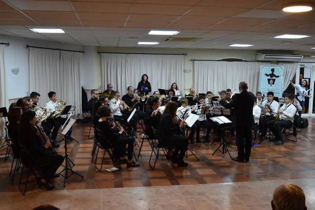 La Asoc. Musical Maestro Eugenio Calderón rindió homenaje a su patrona con un variado concierto ofrecido por sus tres agrupaciones musicales - 3, Foto 3
