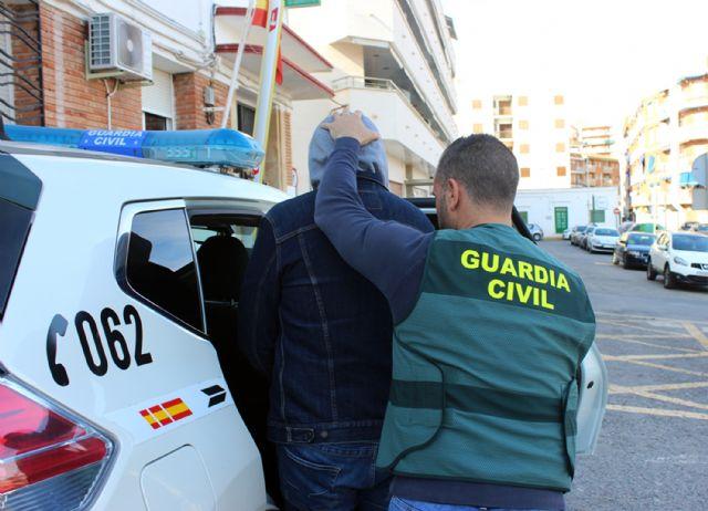 La Guardia Civil desmantela una organización criminal dedicada a la trata de seres humanos con fines de explotación laboral