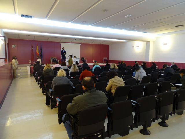 Más de 200 personas participan en las pruebas de competencias clave para acceder a cursos del SEF de mayor nivel, Foto 1