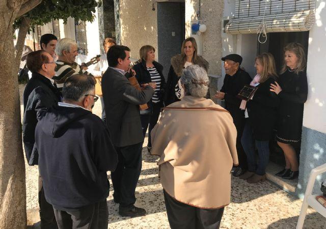 Homenaje del Ayuntamiento torreño a su vecino Onofre García por sus 100 años - 1, Foto 1