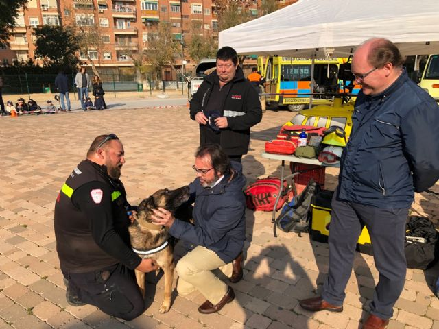 Exhibición de la Unidad Canina de Salvamento de la Región de Murcia