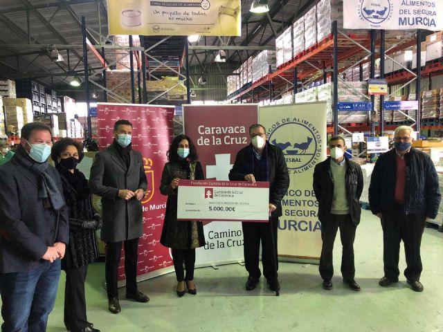 La Fundación Camino de la Cruz realiza una donación de 5.000 euros al Banco de Alimentos del Segura - 1, Foto 1