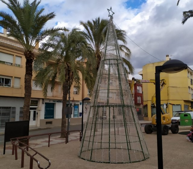 [They sign a collaboration agreement with the Association of Merchants of Avenida de Lorca