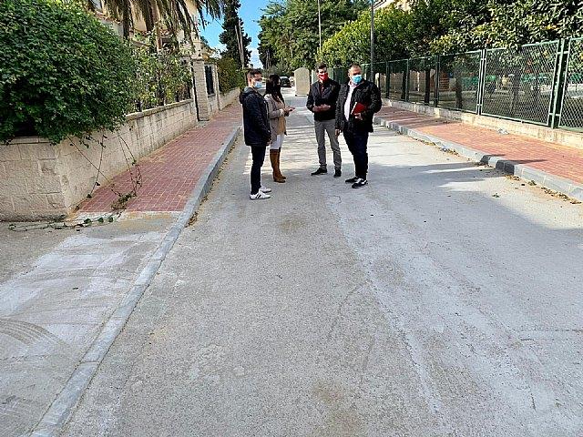 Finalizan las obras de mejora del saneamiento, aceras y asfaltado en El Paraje - 1, Foto 1