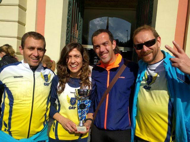 Varios miembros del Club Atletismo Totana participaron en la V Murcia Marat�n, Foto 2