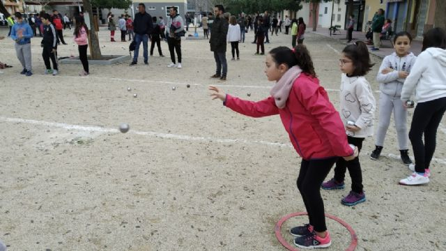 The Petanque Local Phase of the School Sports program took place at the Petanca Santa Eulalia Club facilities, Foto 3