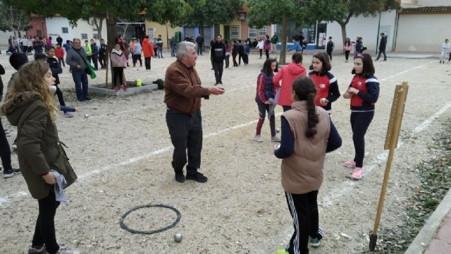 The Petanque Local Phase of the School Sports program took place at the Petanca Santa Eulalia Club facilities, Foto 5