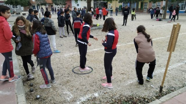 The Petanque Local Phase of the School Sports program took place at the Petanca Santa Eulalia Club facilities, Foto 6