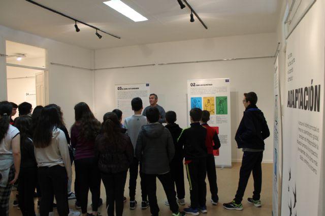 Unos 400 alumnos visitan la exposición sobre el Cambio Climático - 1, Foto 1