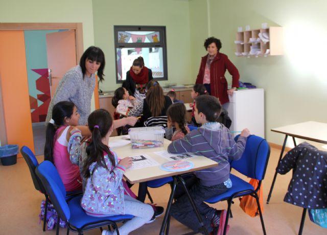 El Ayuntamiento pone en marcha un servicio gratuito de ludoteca infantil para la comunidad gitana - 2, Foto 2