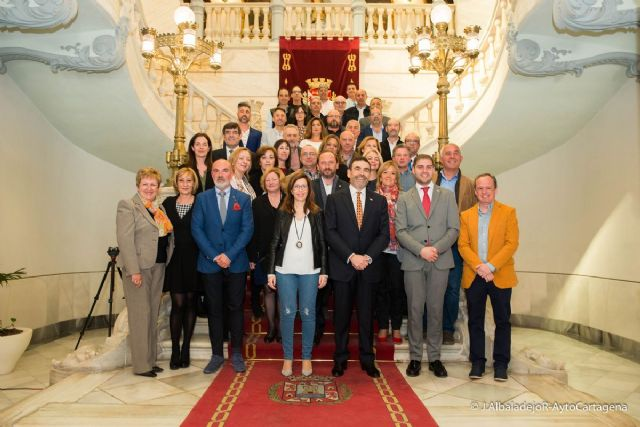 Los nuevos funcionarios del Ayuntamiento de Cartagena ya han tomado posesion de su puesto en el Palacio Consistorial - 1, Foto 1