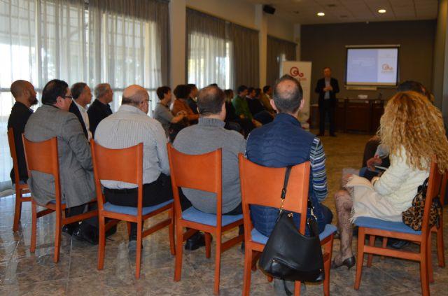 Bruno Dureux, presidente delCírculo de Economía de la Región de Murcia, participa en los Desayunos de ASECOM - 3, Foto 3