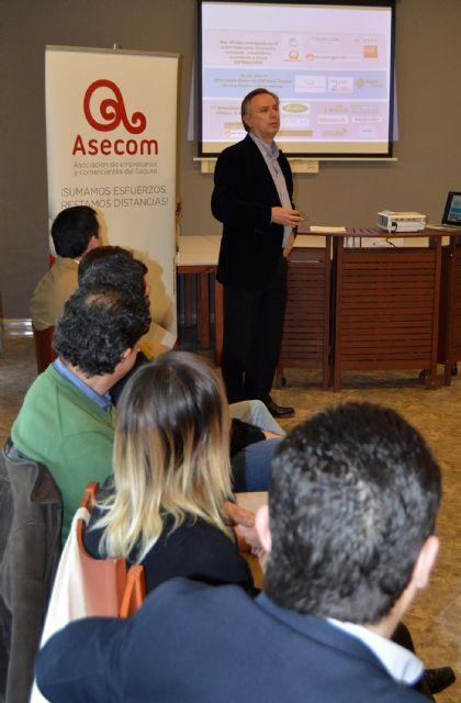 Bruno Dureux, presidente delCírculo de Economía de la Región de Murcia, participa en los Desayunos de ASECOM - 4, Foto 4