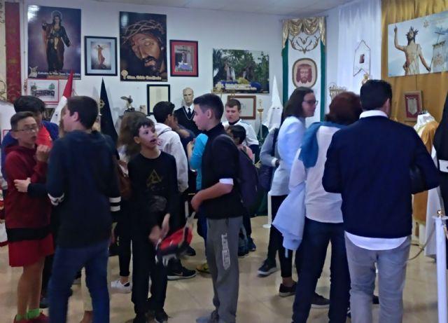 Los colegios torreños, de visita a la exposición permanente de Semana Santa - 1, Foto 1