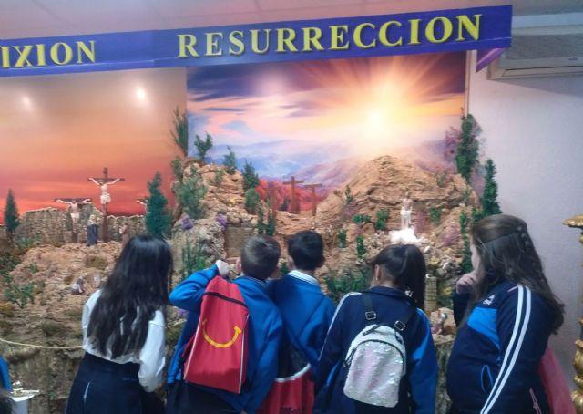 Los colegios torreños, de visita a la exposición permanente de Semana Santa - 3, Foto 3