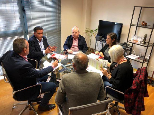 Los líderes regionales de UGT y CCOO instan al candidato socialista al Ayuntamiento de Murcia a que priorice el empleo y las políticas sociales en su programa - 2, Foto 2