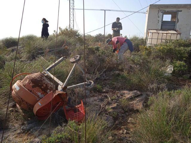 ARBA Cartagena-La Unión realiza una macrolimpieza de escombros y residuos en Portmán - 4, Foto 4