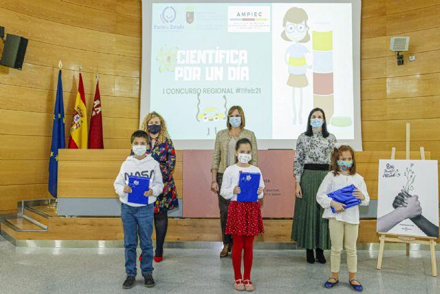 Entrega de premios del I concurso escolar regional Científica por un día - 1, Foto 1