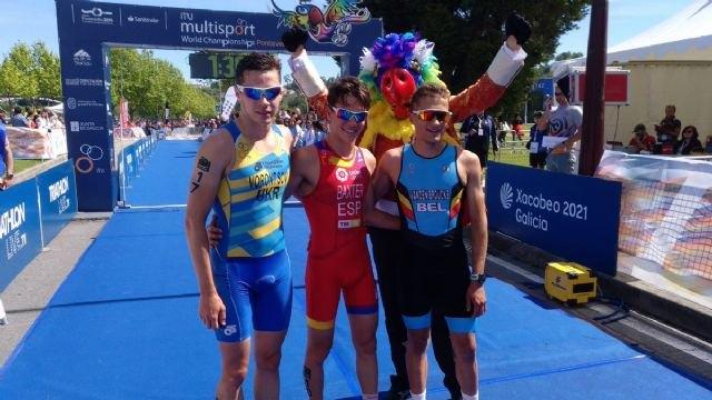 Sergio Baxter se proclama Campeón del Mundo de Duatlón Júnior y Laura Durán consigue el Bronce