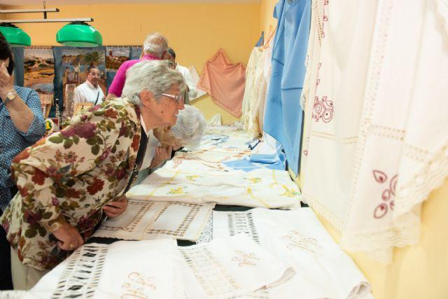 Exposición de talleres para cerrar el mayo cultural del centro de personas mayores de puerto de Mazarrón - 4, Foto 4