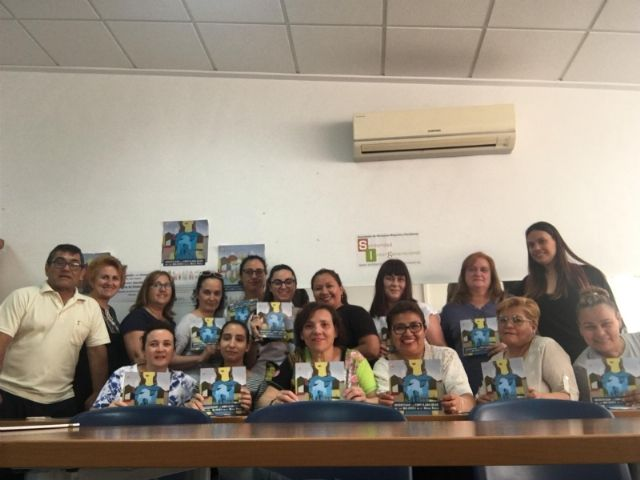 """The """"Independent Living and Personal Assistant"""" action to train caregivers of dependent people is launched at the Local Development Center, Foto 2"""