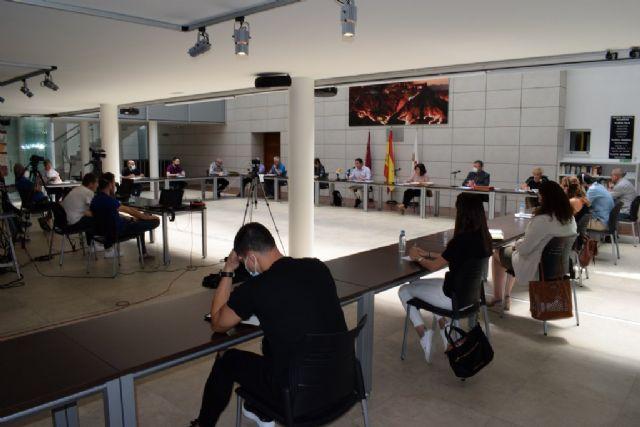 El Pleno municipal aprueba una modificación de las ordenanzas fiscales para estimular la economía, Foto 3