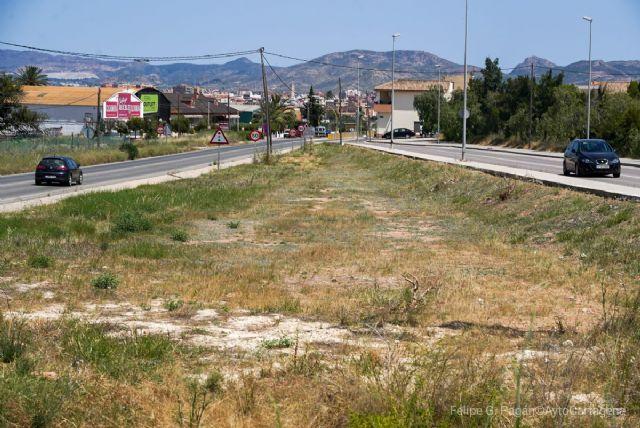 El Ayuntamiento cede una parcela municipal a la Comunidad Autónoma para construir la rotonda de Viña del Mar - 1, Foto 1