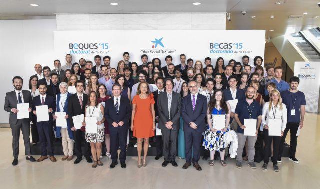 Cuatro estudiantes de Murcia reciben una beca de la Caixa para cursar doctorados en universidades y centros de investigación de referencia de España - 1, Foto 1