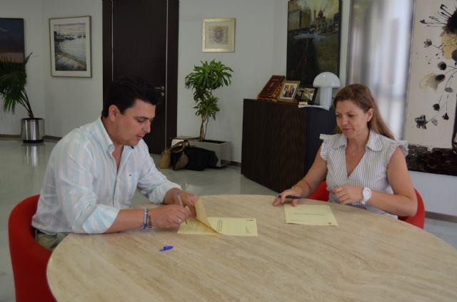 El Ayuntamiento renueva su apoyo económico a la Banda Sinfónica de San Javier - 1, Foto 1