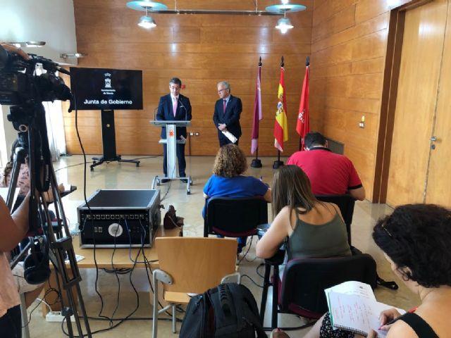 La Junta de Gobierno autoriza la operación para financiar con fondos europeos la ejecución del itinerario turístico de la Muralla de Murcia - 1, Foto 1