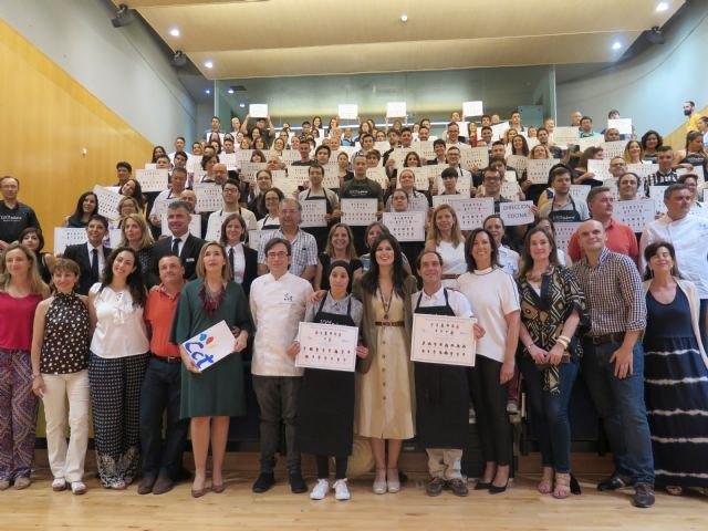 Más de 200 desempleados obtienen este curso una titulación oficial de cocina o sala en el Centro de Cualificación Turística - 1, Foto 1