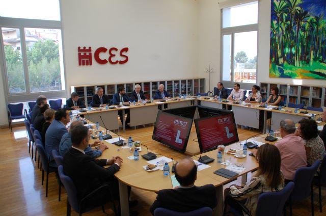 El CES presenta la memoria anual que analiza la situación socioeconómica y laboral de la Región de Murcia - 1, Foto 1