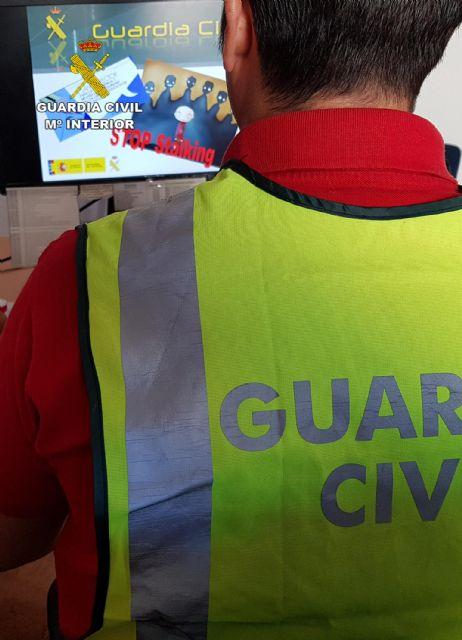 La Guardia Civil detiene a un grupo de menores por acosar reiteradamente a otra - 2, Foto 2