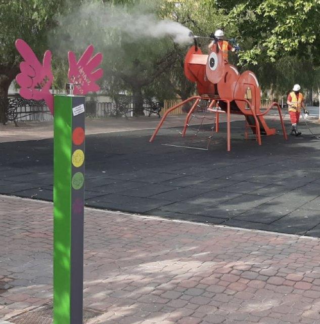 Cieza amplía las tareas de desinfección a los juegos de los parques infantiles - 1, Foto 1
