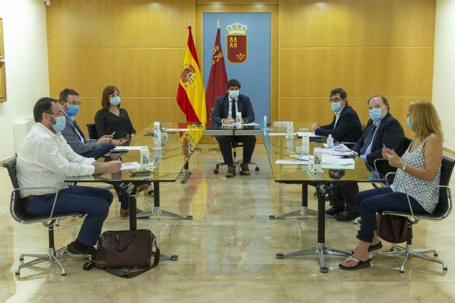 López Miras pide extremar la precaución y alerta de que hemos ganado terreno a la epidemia pero si regresa, nos hunde - 1, Foto 1