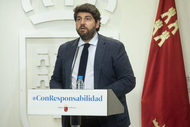 López Miras pide extremar la precaución y alerta de que hemos ganado terreno a la epidemia pero si regresa, nos hunde - 2, Foto 2