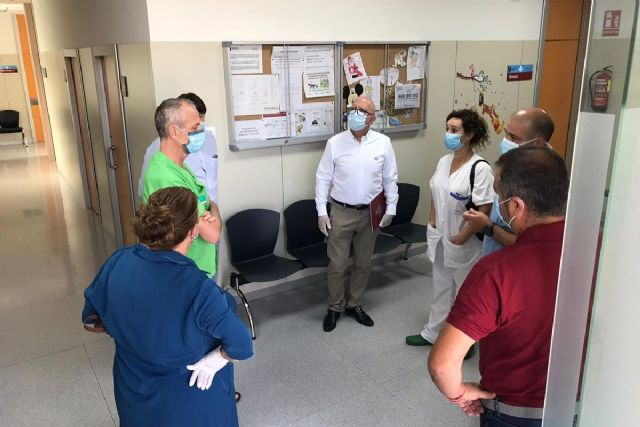 El Ayuntamiento instala material de protección en el consultorio de El Llano para que pueda abrir la próxima semana - 1, Foto 1