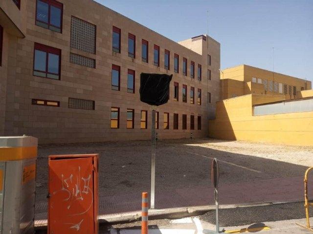 Habilitan como aparcamiento disuasorio el solar de la calle Santa Bárbara, existente entre el Centro de Salud y los Juzgados - 3, Foto 3