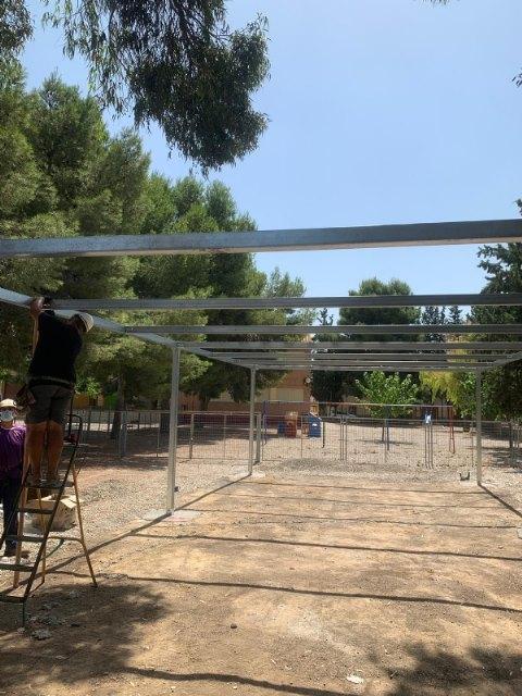 Nueva zona de actividades al aire libre y sombra vegetal en el CEIP Ginés Díaz - San Cristóbal, Foto 2