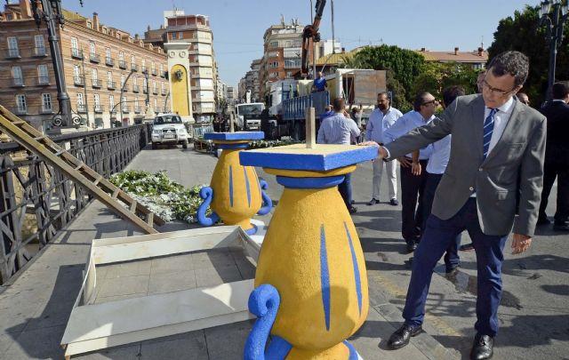 Un pórtico floral de 12 metros en el Puente de los Peligros recibe mañana a la Patrona de la ciudad - 2, Foto 2