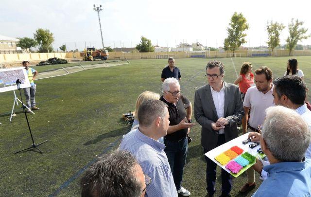 Arrancan las obras del campo de fútbol de Churra, que permitirán ampliar sus dimensiones y renovar el césped - 2, Foto 2