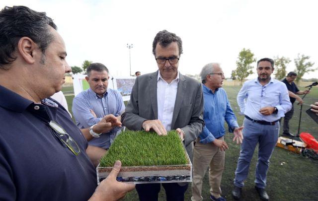 Arrancan las obras del campo de fútbol de Churra, que permitirán ampliar sus dimensiones y renovar el césped - 3, Foto 3