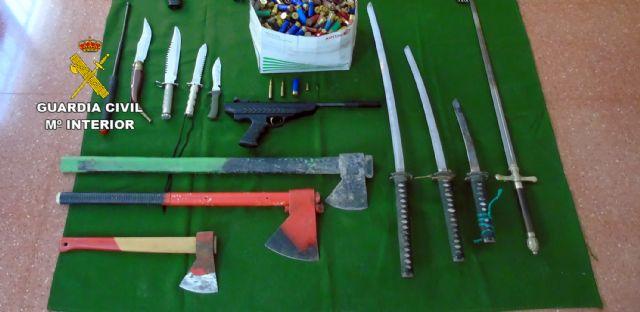 La Guardia Civil descubre un arsenal escondido en una vivienda tras un caso de violencia de género - 2, Foto 2