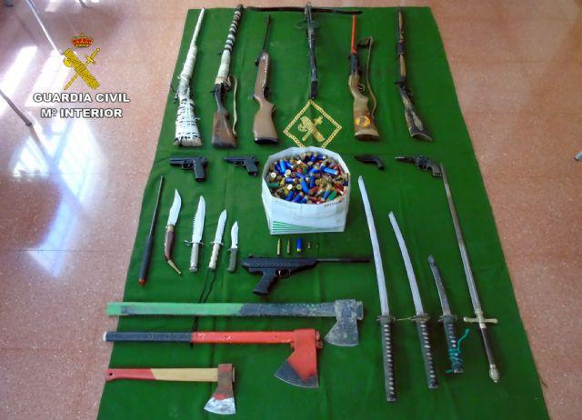 La Guardia Civil descubre un arsenal escondido en una vivienda tras un caso de violencia de género - 4, Foto 4